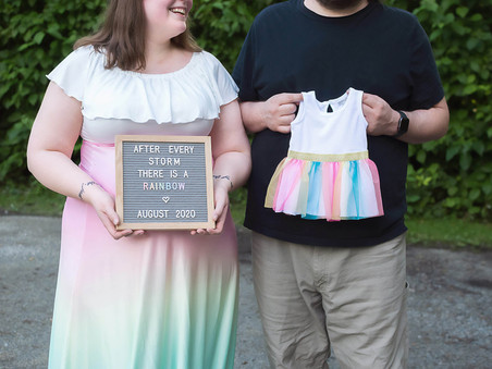 Kelowna Maternity Photographer | Beth's Rainbow Maternity Session