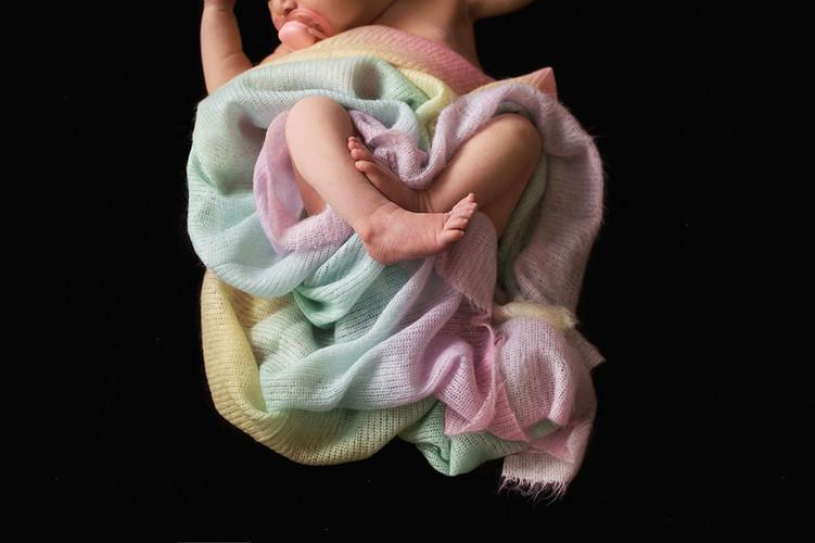 Summerland Maternity and Newborn photographer
