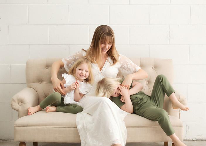 Kelowna West Kelowna Motherhood Photographer