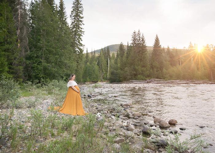 Okanagan Maternity and Newborn Photographer, Nicole Hemeon Photography