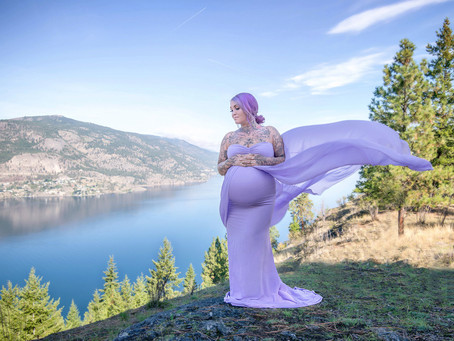 Client Wardrobe - Dresses for Your Kelowna Maternity Portrait Session