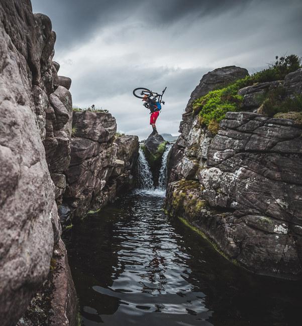 Adventure mountain bike Scotland | Rupert Fowler photography