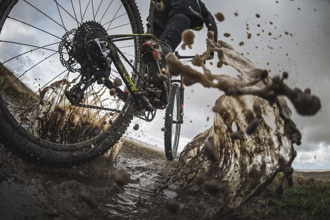 Muddy mountain biker | Rupert Fowler photography