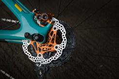 Yeti bike check hope tech | Rupert Fowler photography