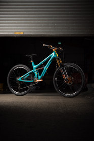 Yeti hope tech bike check | Rupert Fowler photography