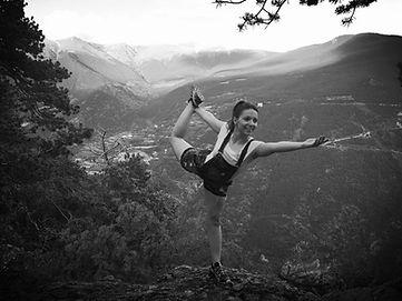Olga Da Cunha yoga Liquid Dansa