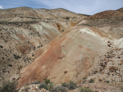 hiking along the painted hills