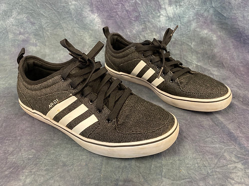 Addidas low J shoes