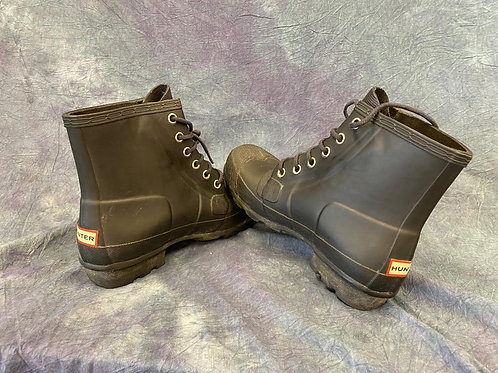 Hunter Ankle height lace up boots