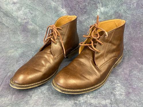 Men's low cut boots