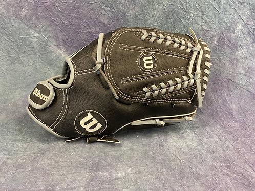 Wilson A360 leather baseball glove