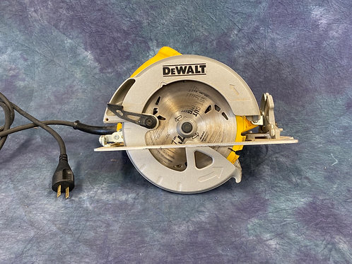 """DeWalt 7 1/4 """" circular saw"""