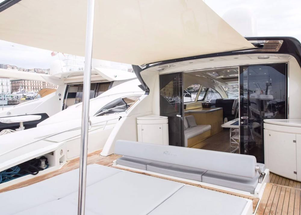 d-ark-yacht-charter-napoli-ego-68-galler