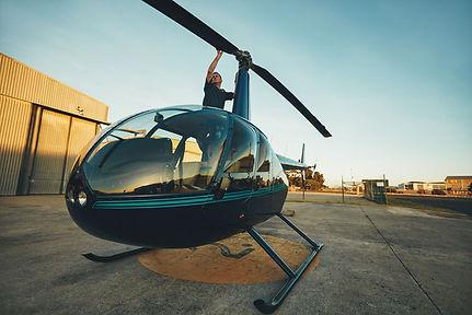 d-ark-yacht-charter-prenota-elicottero.j