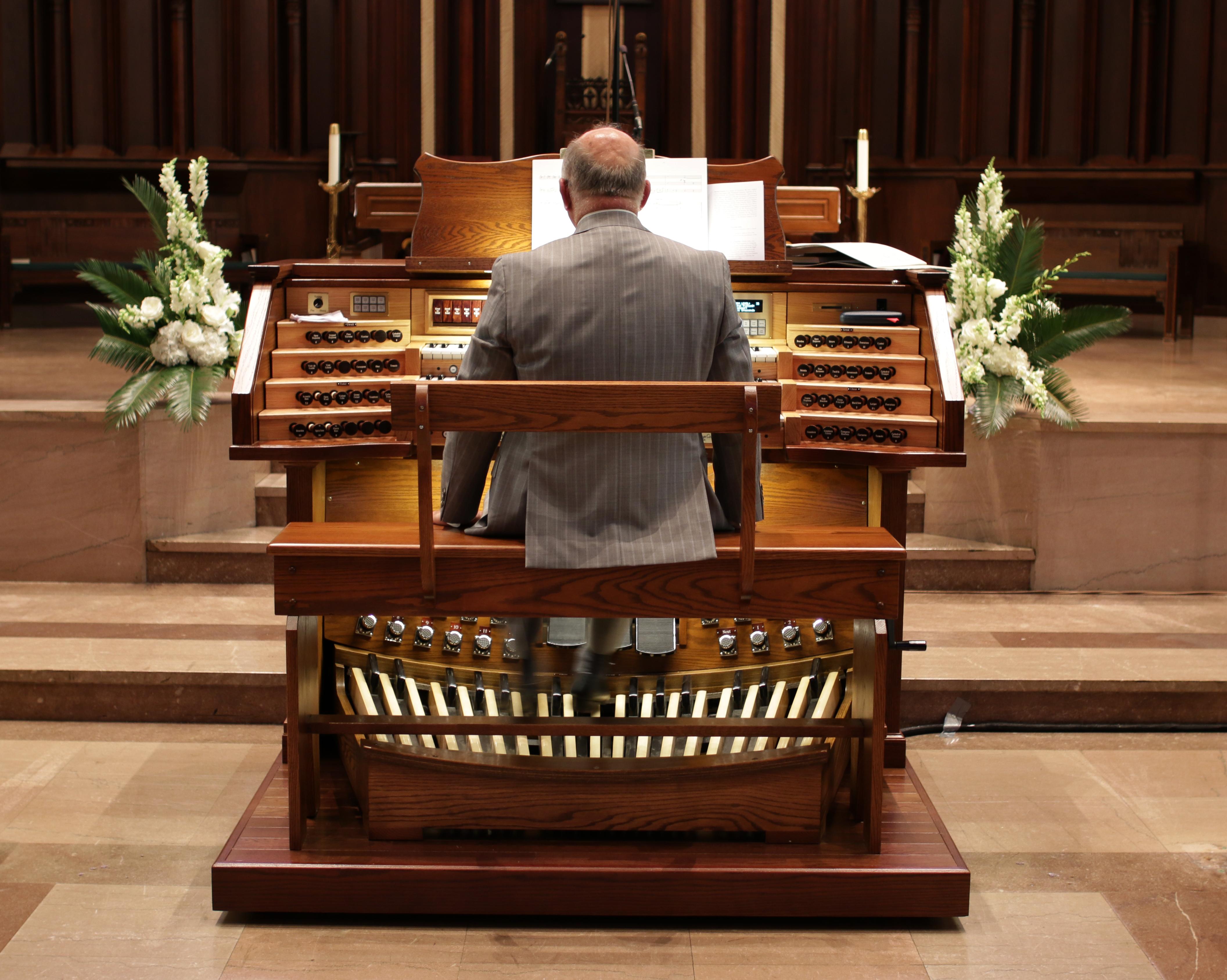 Guest Organist David Carrier