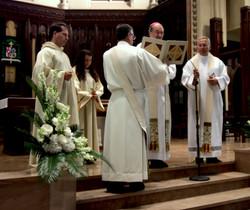 Bishop da Cunha blesses the organ