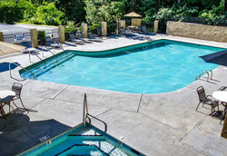 Sherwood Forest Resort pool