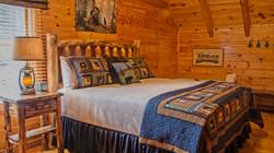 "2nd floor ""Bear"" king bedroom"