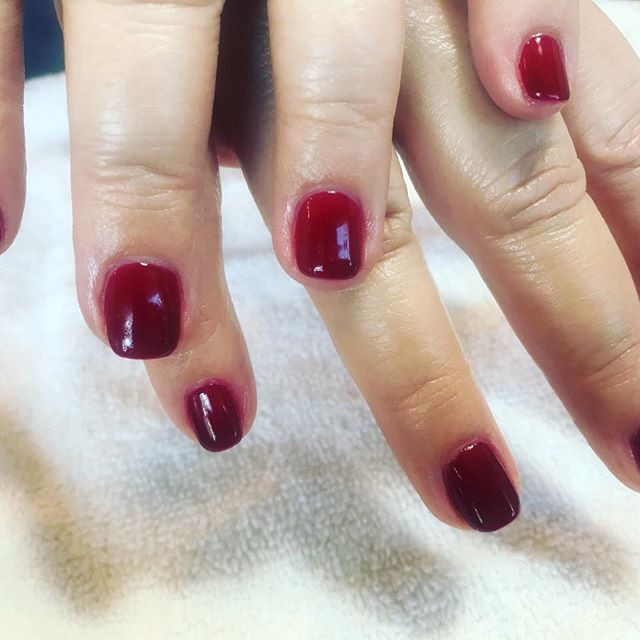 Shellac manicure by Tracy.jpg