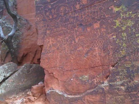 sedona petroglyphs