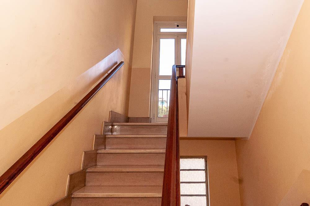 Vano scale condominio strada Castello di Mirafiori 107 a Torino