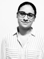 Adriana dos Santos Moura