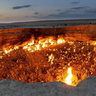 Darvaza Fire Crater, Tukrmenistan