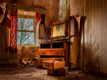 'Upturned Drawer' by Matthew Canning ( 11 marks )