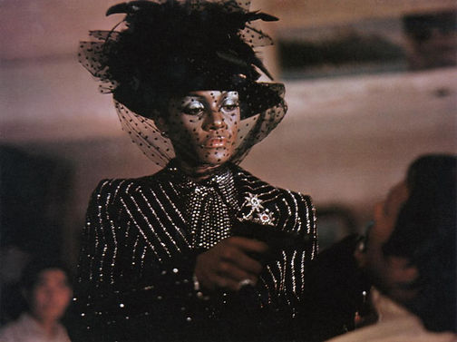 Cleopatra Jones and the Casino of Gold_2