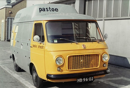 Pastoe bus 74_edited.jpg