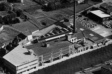 fabriek_1950_voor verbouwing.jpg