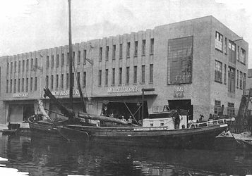 fabriek 1929-3_edited.jpg