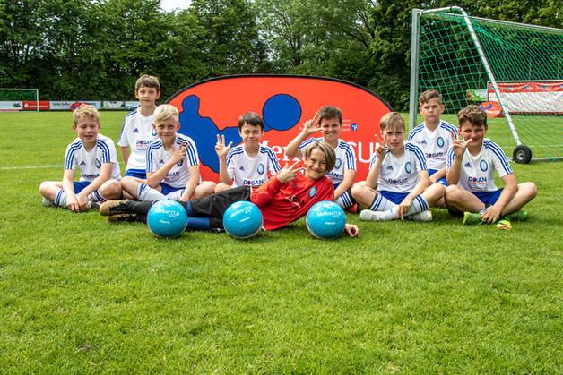 E1 mit Hattrick zu Platz 3 im Kreisfinale des Merkur Cups