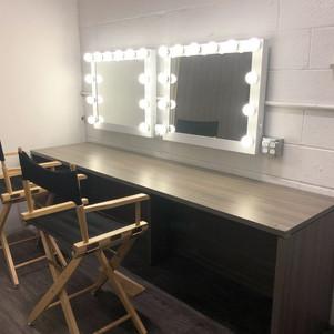 cbr-studios-makeup-dressing-roon-1024x76