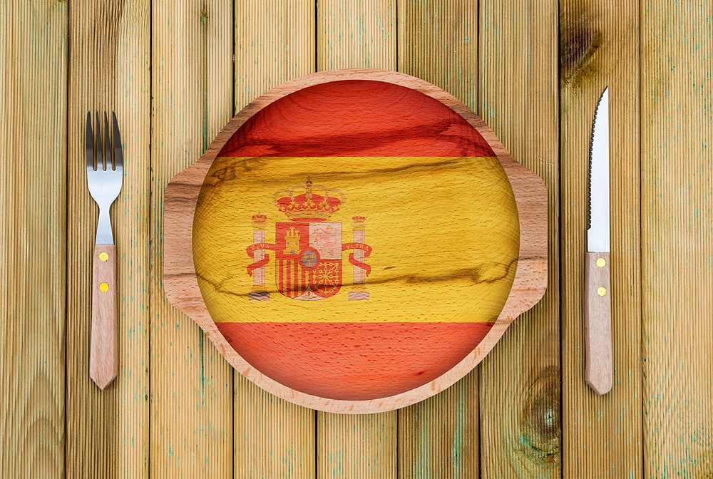 Spanish themed dinner plate and setting