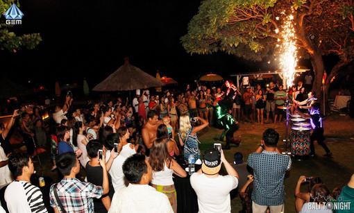 Summer Paradise Beach Party