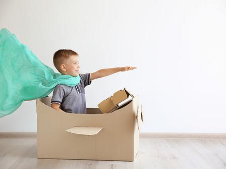 """מה זה """"הורות הליקופטר""""? וכיצד היא משפיעה על מסוגלות הילדים?"""