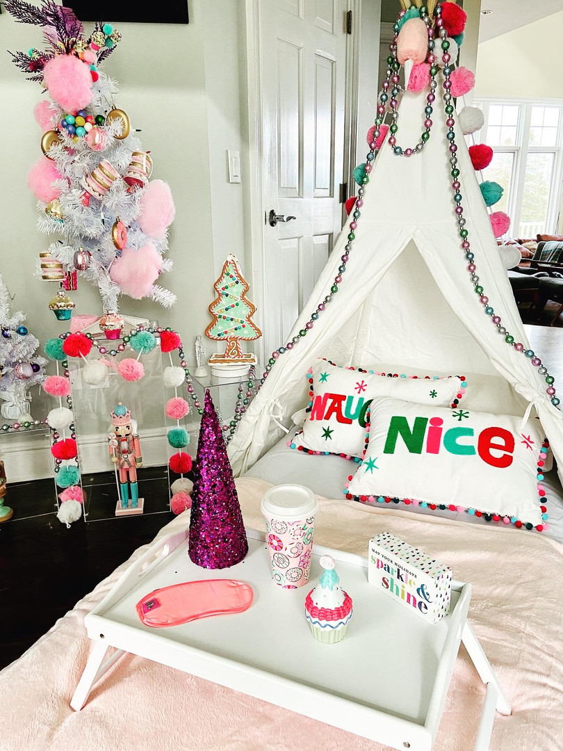 Candyland, Holiday Sleepover Tent