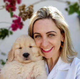 MV. Dra Esp. Raquel Reis Martins