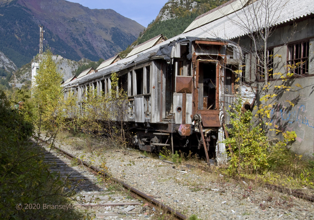 Abandoned train at Canfranc