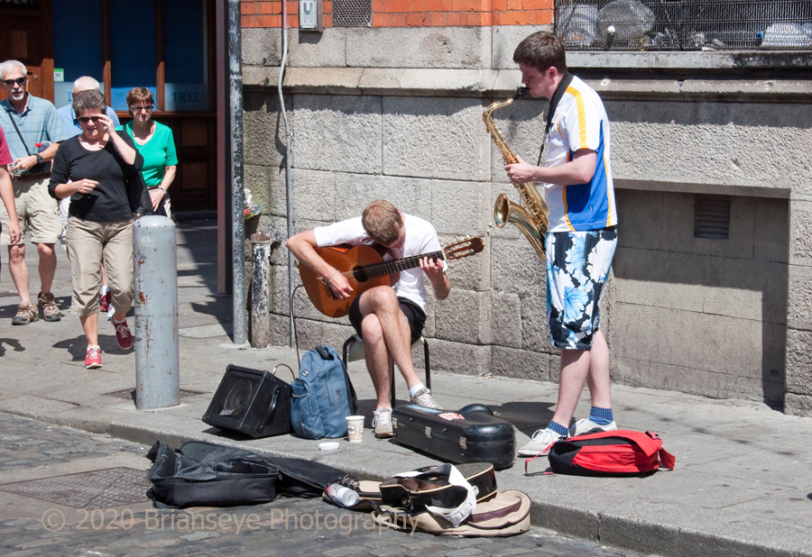 Ordinary Lifestyle - Busking