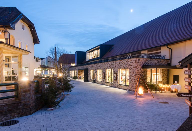 Bierathek Hirt | skape architects Stefan Kogler.jpg