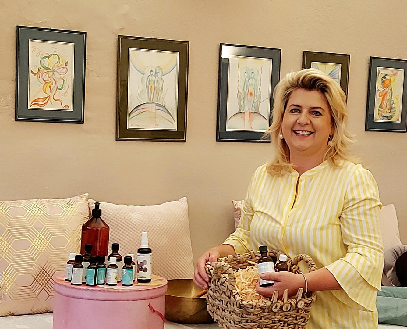 Diplom-Aromatologin Angelika Kabas-Auer   Praxis   Friesach .jpg