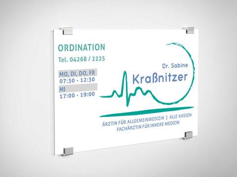 Ordinationsschild Dr. Sabine Kraßnitzer .jpg