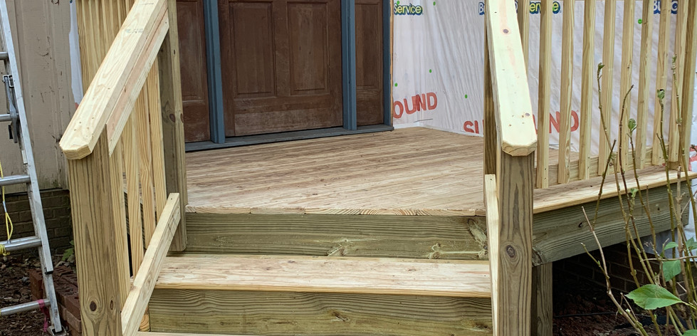 Brown Summit Porch with Steps (1).JPG