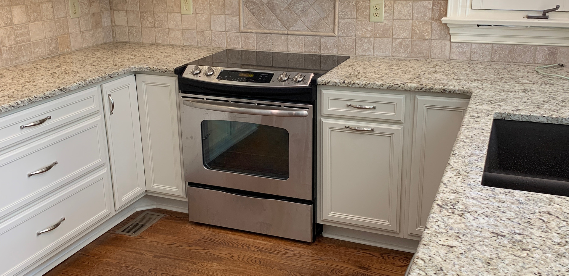 Hardy Kitchen, NW Elm St, Greensboro (32