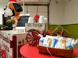 Inn the Doghouse Mentor Grand Opening.jp