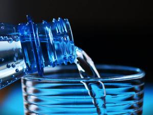 Benefícios da água com gás