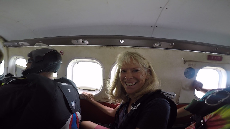 A Bucket List Summer -- #1 Skydiving