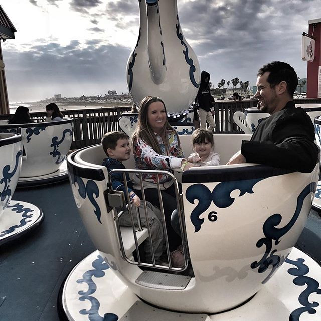 Teacups at Pleasure Pier